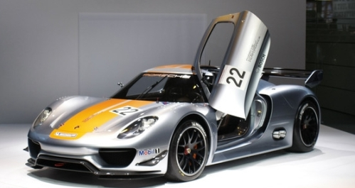 Detroit Auto Show 2011 Porsche 918 RSR sportscar