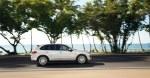 Sand White Porsche Cayenne S Hybrid 2011 3000x1560 wallpaper