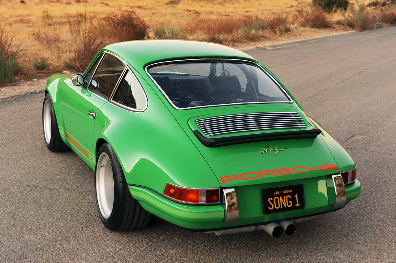 singer racing green porsche 911 porsche mania. Black Bedroom Furniture Sets. Home Design Ideas